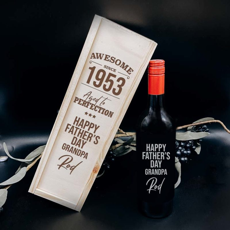 Personalised fathers day gift wine bottle and box